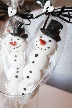 xxxxx Christmas Crafts, Christmas Decorations, Cake, Desserts, Food, Handmade Christmas Crafts, Pie Cake, Tailgate Desserts, Pie