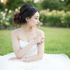 nice vancouver wedding Simply elegant ❤️ one of my favourite photos from Coco's prewedding photoshoot. #makeup and #hair by @florangai photography by @katie_cloris_photography #wedding #vancouverbride #vancitylife #bridal #bridalmakeup #bridalhair #mua #makeupartist #hairstylist #weddinghair #weddingmakeup #updo #summer #nature #outdoors #elegant  #vancouverengagement #vancouverwedding #vancouverweddinghair #vancouverweddingmakeup #vancouverwedding