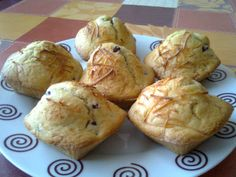 Hasta la Kocina y Más Allá: Muffins Salados de Granada y Queso