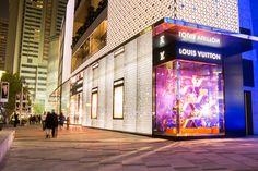 How China's economic slump affects luxury retailers https://blueprint.cbre.com/how-chinas-economic-slump-affects-luxury-retailers/