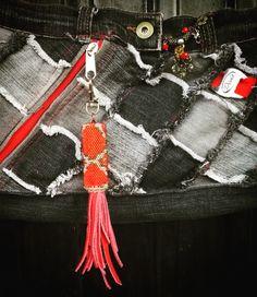#peyote #beading #bagcharm #bag #denim #keychain #pursecharm #zipperpull