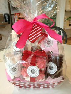 Gift basket-nice to fill with bath products! Holiday Gifts, Christmas Gifts, Holiday Quote, Christmas Decor, Creative Gifts, Unique Gifts, Valentine Baskets, Spa Basket, Auction Baskets