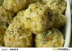 Chlupaté cuketové knedlíky recept - TopRecepty.cz Slovak Recipes, Czech Recipes, Ethnic Recipes, Dumplings, Potato Salad, Cauliflower, Mashed Potatoes, Food And Drink, Low Carb