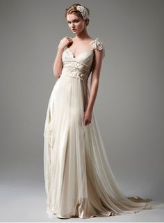 My Bridal Fashion Guide to Romantic Wedding Dresses » NYC Wedding Photography Blog