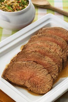 Churrasco de alcatra com farofa de feijão fradinho por Academia da carne Friboi