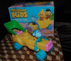 "Coleco ""The Flintstone Kids"" Dreamchip Limo Flintstone Kids, Preschool Toys, Retro Toys, Limo, Movie Characters, Retro Vintage, Childhood, Car, Infancy"