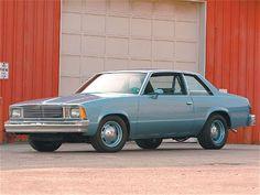 This is what my Malibu almost looked like. Mine was Metallic Blue. Original caption: Looks like a plain ol' 1981 Chevy Malibu, but it has a 355 under the hood Classic Japanese Cars, Classic Cars, Firebird, Bel Air, Malibu Car, Car Prices, Pony Car, Chevrolet Malibu, Sweet Cars