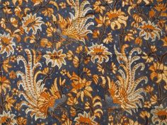 Hand-drawn vintage batik cloth from Solo. Private collection of Arief Laksono. Batik Solo, Kebaya Muslim, Batik Fashion, Batik Pattern, Javanese, Traditional Fabric, Batik Dress, Textile Design, Cool Designs