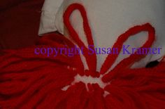 how to knot on doll yarn wigs by Susan Kramer Yarn Wig, Yarn Dolls, Sock Dolls, Doll Wigs, Doll Hair, Raggedy Ann And Andy, Doll Costume, Costumes, Doll Tutorial