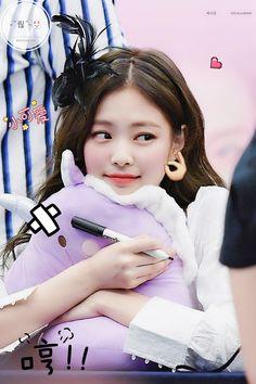 Kpop Girl Groups, Korean Girl Groups, Kpop Girls, Blackpink Jisoo, Blackpink Jennie, Yg Entertainment, My Little Beauty, Blackpink Members, Black Pink Kpop
