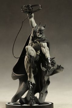 Batman Black and White Tony Daniel statue by DC Direct