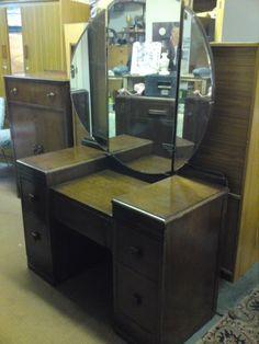 Antique Vanity Dressing Table   Photo Vanity S