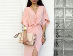 summer outfit ideas, pink gold outfit