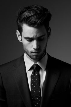 Tired of the same old look? Why not try one of these five latest hair trends this Be a dapper and cooler version of you now! Moustaches, Fashion Mode, Look Fashion, Guy Fashion, Classy Fashion, White Fashion, Fashion Trends, Sharp Dressed Man, Well Dressed