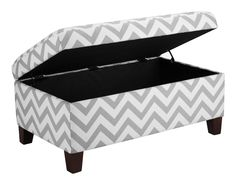 Whether it be to hide away clutter in the room or to kick up your heels at the end of the day, this Grey & White Chevron Stripe Padded Storage Ottoman Bench is a practical and stylish storage solution. The grey and white Padded Storage Bench, Storage Ottoman Bench, Bed Storage, Storage Baskets, Diy Ottoman, Fabric Storage, Bench Seat, Shoe Storage, Kitchen Storage