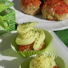 Cupcakes de pavo y pollo con calabacín y puré de patata