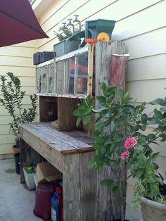 DIY Potting Benches - Ideas & tutorials!