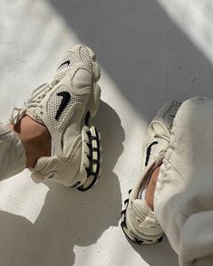 Sneakers Mode, Air Max Sneakers, Sneakers Fashion, Fashion Shoes, Looks Style, My Style, Zeina, Outfits Casual, Outfits