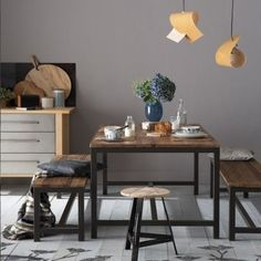 Modern dining room pictures and photos for your next decorating project. Find inspiration from of beautiful living room images Shades Of Grey Paint, Relaxing Bathroom, Room Pictures, Home Trends, Beautiful Living Rooms, House And Home Magazine, Dining Room Design, Decoration, Room Decor