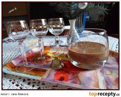 Likér z ledových kaštanů Alcoholic Drinks, Beverages, Smoothie, Cream, Tableware, Food, Liqueurs, Syrup, Creme Caramel