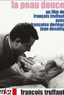La peau douce 1964 di Francois Truffaut con Franciose Dorleac e Jean Desailly French Movies, Classic Movies, Catherine Deneuve, All Movies, I Movie, Cinema France, Francois Truffaut, French New Wave, Movies