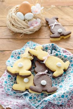 Sandwich di frolla vaniglia e cacao Easter Cookie Recipes, Easter Cookies, Easter Treats, Cupcake Cookies, Slow Cooker Desserts, New Year's Desserts, Christmas Desserts, Vegan Candies, Sandwich