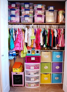Plastic drawers in a kids closet help save precious floor space in a small kids bedroom. Labeling everything helps the kiddos remember where things go.
