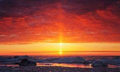 Sun Pillar over Victoria Beach, Lake Winnipeg, Manitoba, photo by Federico Buchbinder Lake Winnipeg, Victoria Beach, Astronomy Stars, Natural World, Science Nature, Sunrise, Ice Crystals, Clouds, Earth