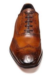 Windsor Lace-Up Wingtips
