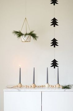 28 Scandinavian Holiday Decor Ideas That Are Totally Häftigt via Brit + Co