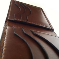 Horween horse Chromexcel bifold wallet #leatherwallet #chromexcel #menstyle #bespoke Christmas Gifts For