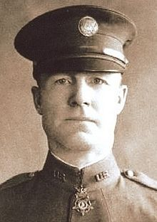 Lieutenant Samuel Woodfill singlehandedly disabled several German machine-gun nests and killed many enemy combatants with rifle, pistol and pickaxe. October 12, 1918