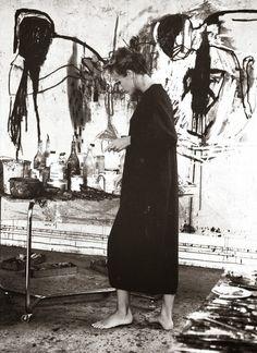 Leslie Oschmann, Yard of Bleu