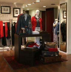 Square Design Interiors _ Women's Apparel Store _ Ioannina 4