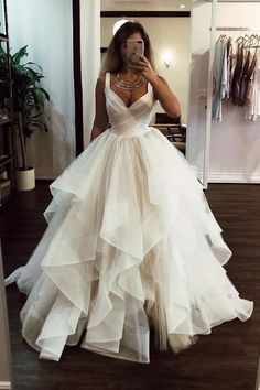 Long Wedding Dresses, Elegant Wedding Dress, Formal Evening Dresses, Elegant Dresses, Bridal Dresses, Wedding White, Modest Wedding, Fall Wedding, Formal Gowns