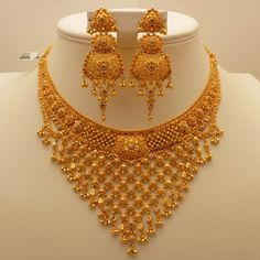 Jewellery Stores Airport West in Jewellery Gold, Jewellery Tools Near Me under Jewelry Stores Near Me That Resize Rings - Gold Necklace Set Kalyan Jewellers Gold Bangles Design, Gold Earrings Designs, Gold Jewellery Design, Necklace Designs, Gold Jewelry Simple, Golden Jewelry, Silver Jewelry, Long Pearl Necklaces, Jewelry Patterns