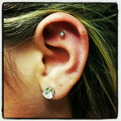 I'm obsessing about these outer conch piercings!
