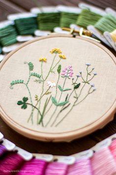 Хомкины крестики: Полевые цветы