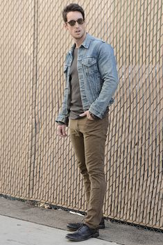 A great men's fashion look combining denim and a classic wingtip oxford.