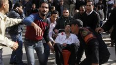 Civilians killed and police wounded in Cairo bomb blast - Al Jazeera English