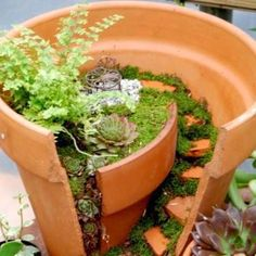 Great way to use a favorite pot that's cracked, or to make this design