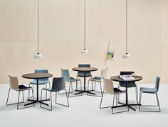 New range of colours for the classic range of seating. Pastel colours include pink, blue and yellow. Arper Furniture, Cafe Furniture, Cafe Chairs, Room Chairs, Colorful Cafe, Reception Furniture, White Cafe, Upholstered Swivel Chairs, Seat Pads