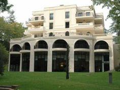 Le Pavillon De La Rotonde & Spa Charbonnieres Les Bains - Voytoo, Hôtel Charbonnieres Les Bains
