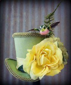 Garden Hummingbird Mini Top Hat Alice in Wonderland by ChikiBird