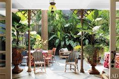 AphroChic: A Colorful Brazilian Interior
