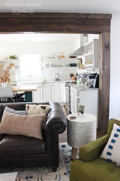 Finding Fall Home Tour - Neutral and Natural - thewhitebuffalostylingco.com