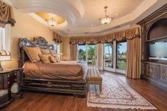 Tuscan Master Bedroom | via gigi