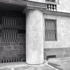 #Repost @andrea.ariazzi  #muziomilano #cabrutta #polimi  1922 Ca Brutta Via Turati/Moscova/Appiani/Cavalieri  PARTECIPA a #MUZIOMILANO  Scopri fotografa e condivisi su IG oltre 50 edifici progettati da Giovanni Muzio lungo il Novecento. Da Ca' Brütta alla