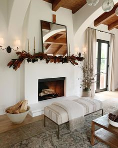 Wonderful Cost-Free Fireplace Design modern Style If your house is inside Aspen or even Ca, there's really no doubt a soothing outcome of a comfortable flames yanking a Home Fireplace, Fireplace Design, Fireplaces, Fireplace Ideas, Interior Design Studio, Home Interior, Living Room Inspiration, Home Decor Inspiration, Decor Ideas