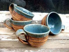 handmade pottery mugs Thrown Pottery, Pottery Mugs, Ceramic Pottery, Pottery Art, Earthenware, Stoneware, Pottery Classes, Ceramics Projects, Ceramic Clay